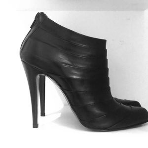 Christian Louboutin Shoes - 🎀Sale🎀 Christian Louboutin Ankle booties